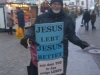 Jesus lebt - Jesus rettet.